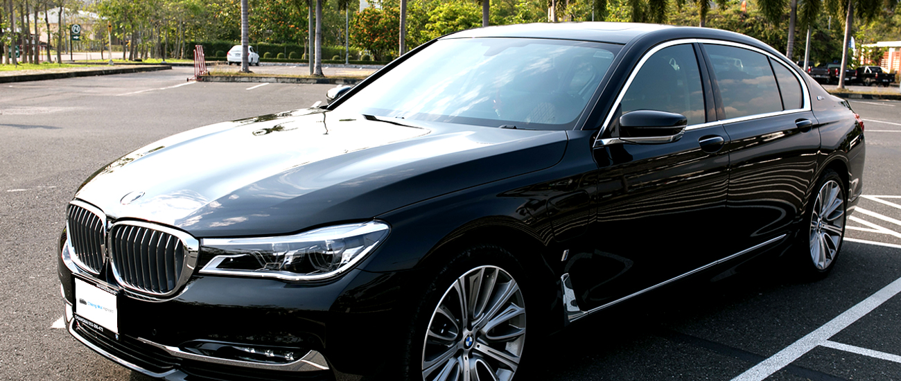 bmw series7 car for rental in Chiang mai Chiang rai lamphun black luxurious sport car